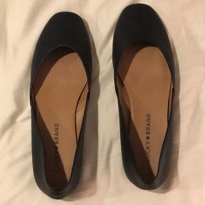 Lucky Brand Alba flats in black leather